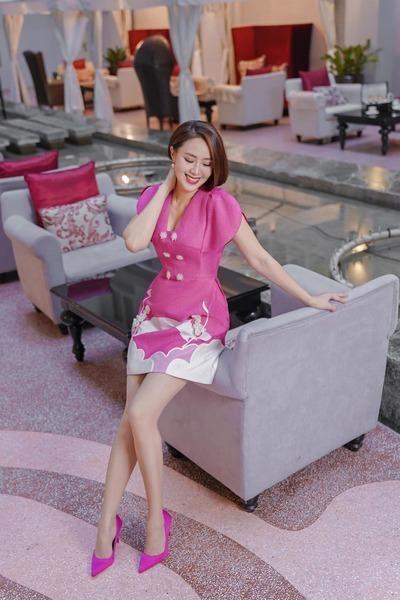 Hồng Diễm – Lương Thu Trang: Ai đẹp hơn?