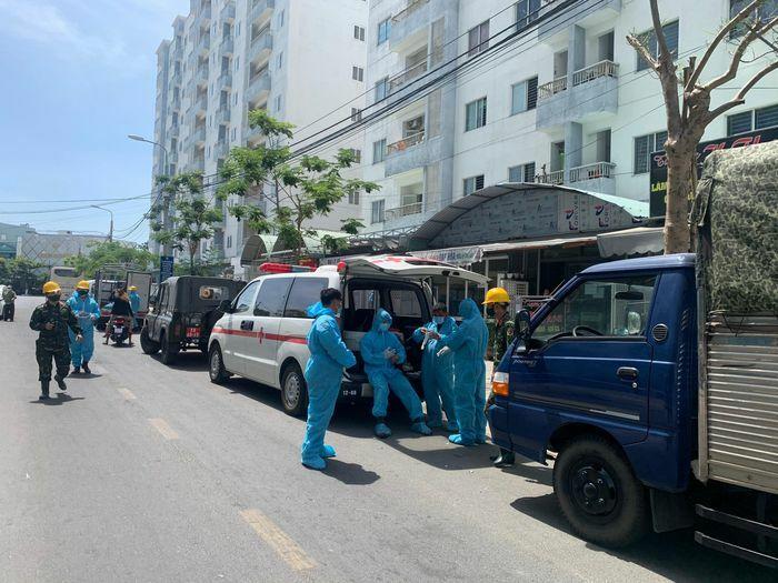 Cách ly khu chung cư 12 tầng ở Đà Nẵng vì có ca nghi nhiễm COVID-19
