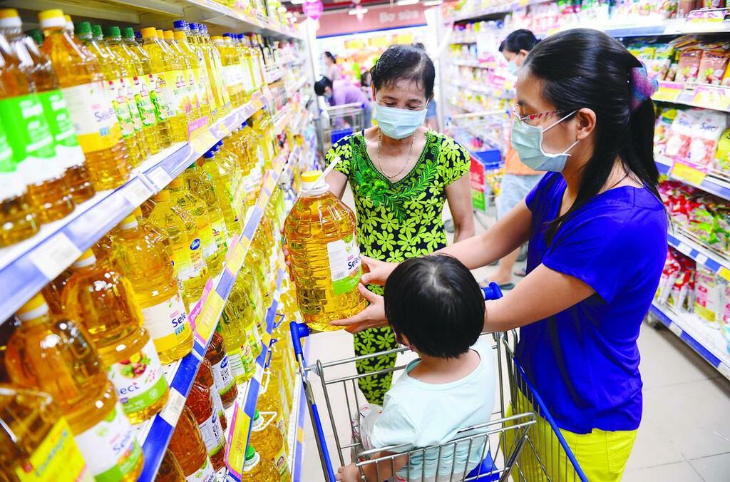 Co.opXtra, Co.opmart, Co.op Food giảm giá 10.000 sản phẩm thiết yếu