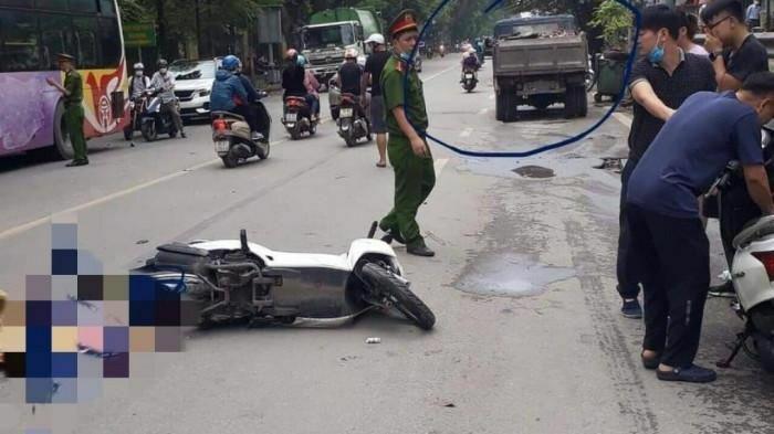 Hà Nội: Nữ sinh viên tử vong thương tâm dưới bánh xe tải