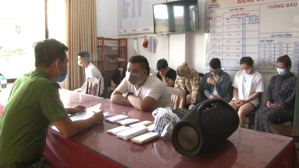 5 thanh niên thuê khách sạn ở Vỹ Dạ để làm gì?