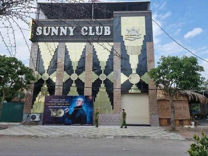 2 cán bộ công an Vĩnh Phúc vừa bị đình chỉ liên quan gì đến quán bar Sunny?
