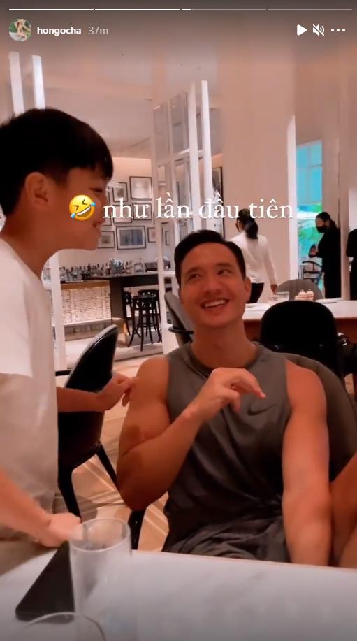 Vẻ mặt hào hứng của Subeo khi được Hồ Ngọc Hà đưa ra ngoài ăn bánh