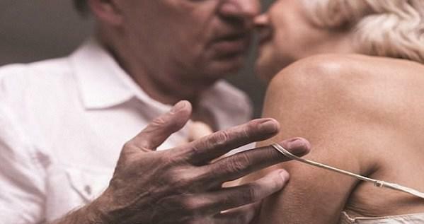 Cụ ông Hà Nội 70 tuổi hừng hực ham muốn phải tìm gái lạ, nguyên nhân gây bất ngờ
