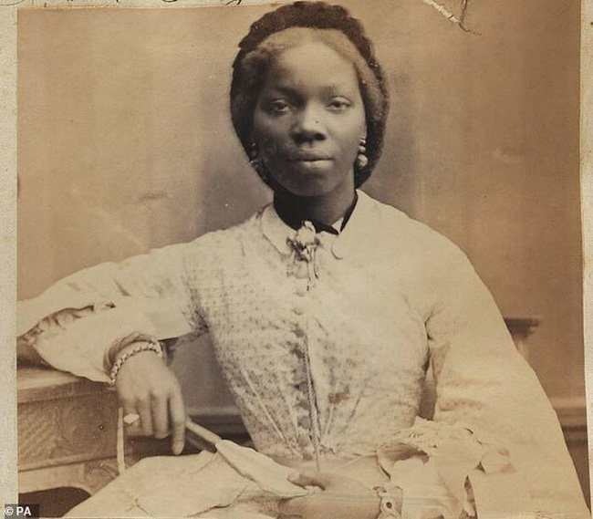 """Hoàng gia Anh từng có một nàng """"Công chúa da đen"""" kỳ lạ: Xuất thân nô lệ, nhờ may mắn được Nữ hoàng nhận làm con nuôi"""