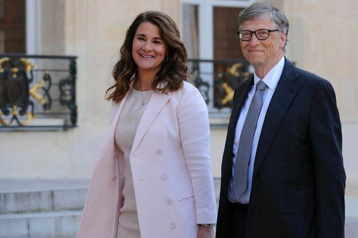 """Tỉ phú Bill Gates chia sẻ với bạn bè về cuộc hôn nhân """"không tình yêu"""""""