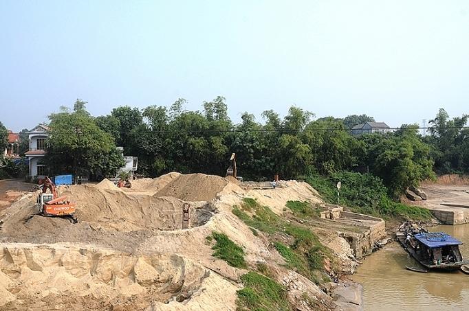 Siết chặt khai thác cát, sỏi lòng sông