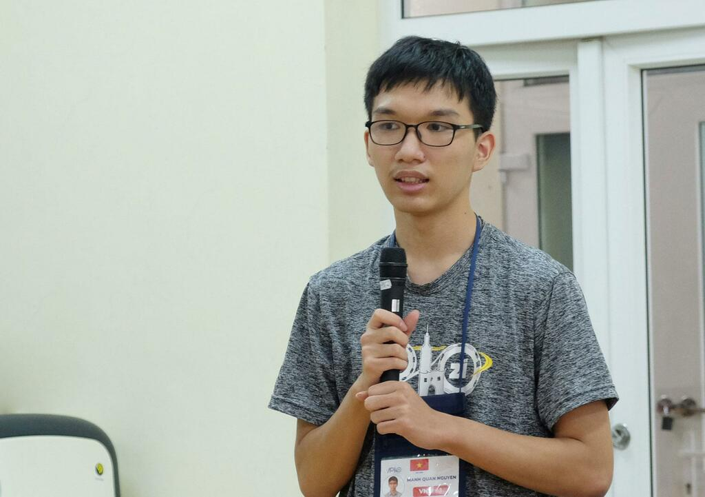HCV Olympic Vật lý châu Á: Siêu nhân khiêm tốn