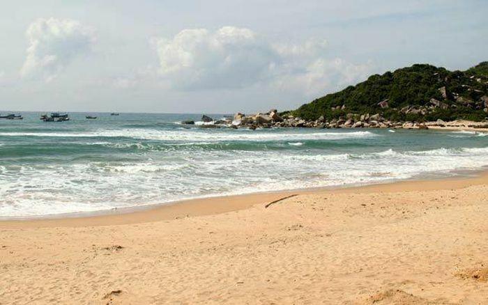 Đề xuất 3.500 tỷ đồng đầu tư đê chắn sóng cảng Bãi Gốc
