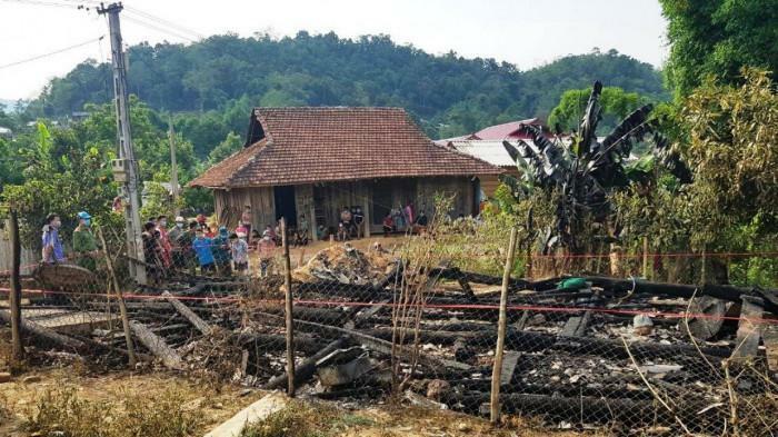 Điện Biên: Cháy nhà ở tâm dịch Covid-19, bé trai 7 tuổi tử vong