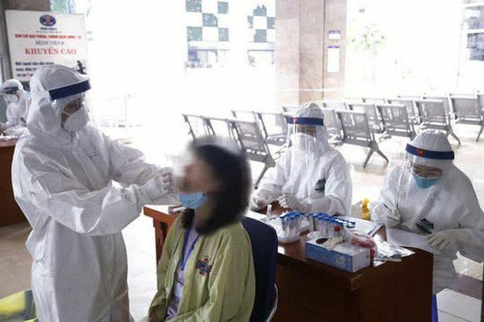 Nữ sinh mắc ung thư là ca dương tính với SARS-CoV-2 mới nhất tại Bệnh viện K