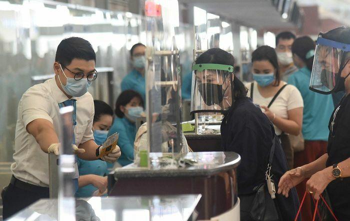 Ổ dịch trên chuyến bay VN160 vẫn phát sinh thêm ca bệnh