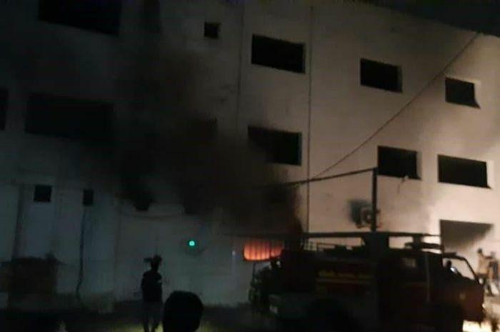 Hỏa hoạn tại bệnh viện Ấn Độ, 12 bệnh nhân Covid-19 thiệt mạng