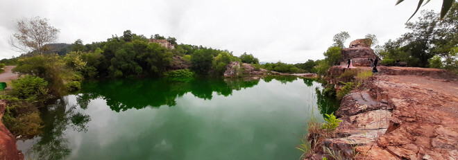 """Xanh biếc hồ Tà Pạ – """"tuyệt tình cốc"""" của miền Tây"""