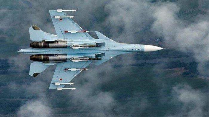 """Máy bay Su-30 Nga """"đánh chặn"""" 3 máy bay quân sự của Pháp trên Biển Đen"""