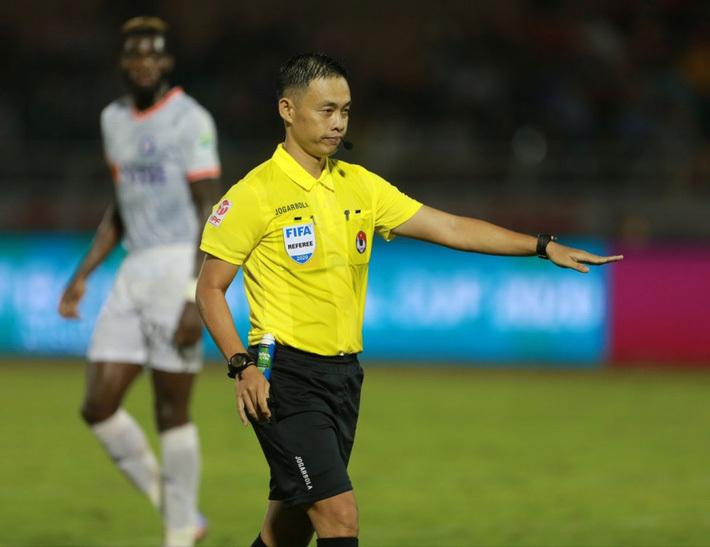 Việt Nam có số trọng tài FIFA thua cả Lào