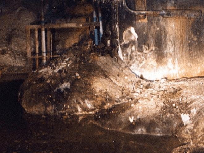 """35 năm sau thảm họa, phản ứng hạt nhân âm ỉ trở lại ở lò phản ứng Chernobyl: """"Giống như than hồng trong lò nướng thịt"""""""