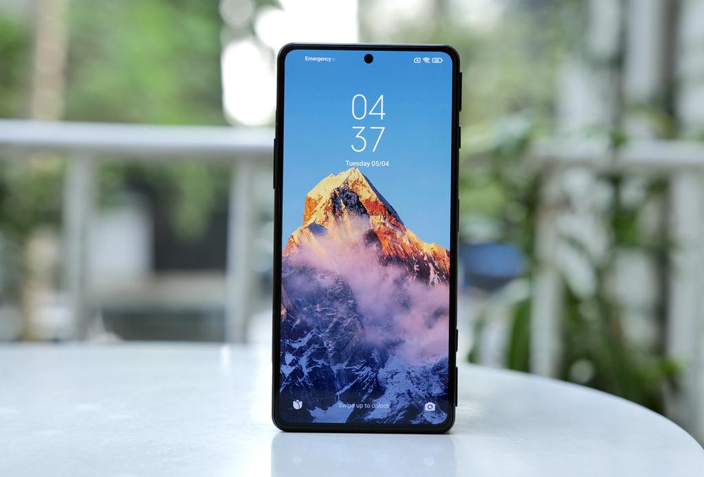 Smartphone chuyên game giá 7,9 triệu đồng của Xiaomi