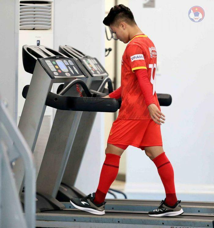 """Quang Hải gia nhập nhóm """"thương binh"""" ở ĐT Việt Nam"""