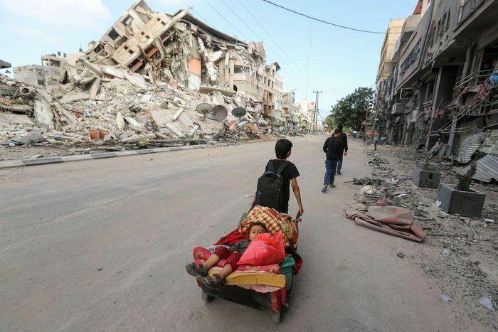 Dải Gaza tan hoang vì bị Israel không kích
