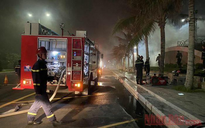Cháy lớn tại Khu nghỉ dưỡng Rosa Alba Resort, Tuy Hòa, Phú Yên