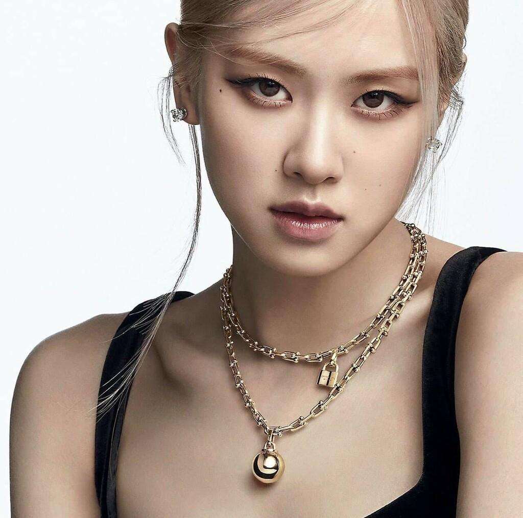 Rosé được Tiffany & Co. ưu ái không ngờ, thực hiện điều chưa idol K-Pop nào có được