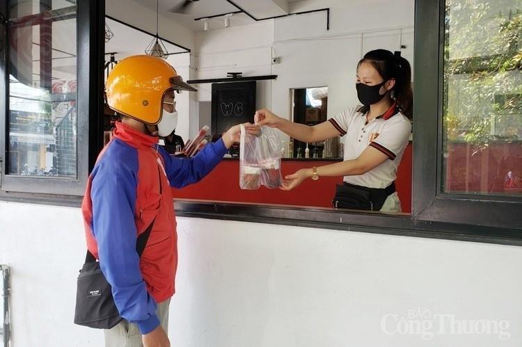 Nhiều ngày không có ca nhiễm Covid – 19 cộng đồng, Đà Nẵng cho phép Grab, taxi, shipper hoạt động trở lại