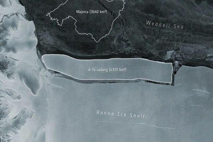 Tảng băng lớn gấp 3 lần thủ đô của Ấn Độ đã tách ra khỏi Nam Cực