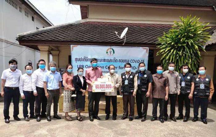 Tổng Lãnh sự quán Việt Nam tại Luang Prabang chung tay chống dịch Covid-19