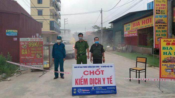 Bắc Giang: Lập chốt kiểm soát phòng dịch tại thị trấn Nếnh (Việt Yên)