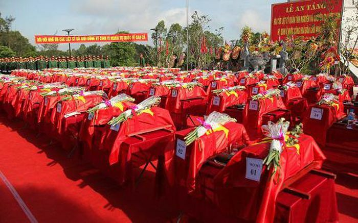 Nghệ An truy điệu và an táng 95 hài cốt liệt sĩ hy sinh tại Lào