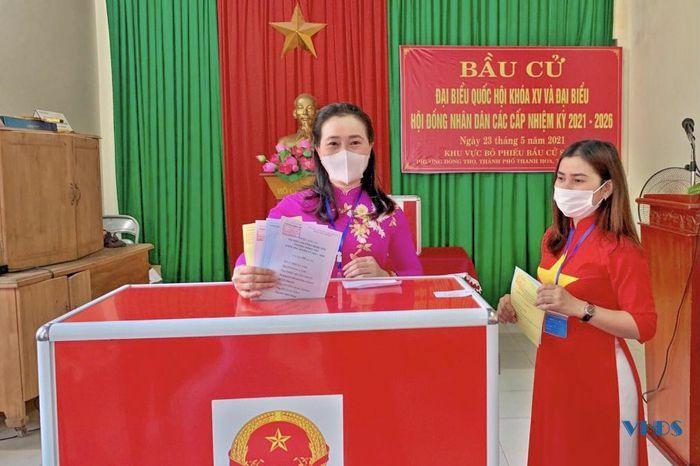 Phụ nữ các dân tộc tỉnh Thanh rộn ràng ngày hội non sông