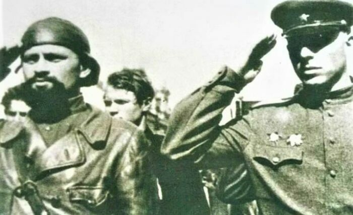 """Do đâu """"Hắc Tướng quân"""", """"Điệp viên 007"""" của Liên Xô được thưởng 86 huân huy chương?"""