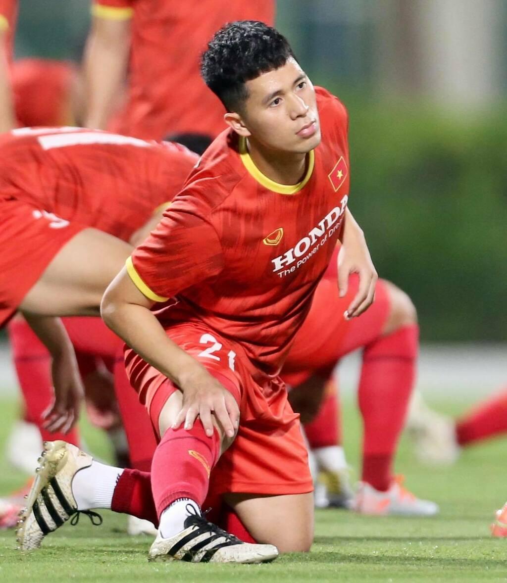 """3 trò cưng trở lại tập luyện, thầy Park có """"binh hùng tướng mạnh"""" trước trận đá kín với Jordan"""