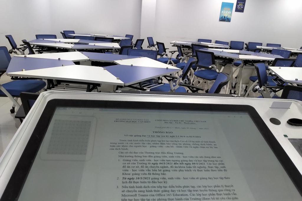 Dịch Covid-19: Hàng chục ngàn sinh viên nghỉ đến trường