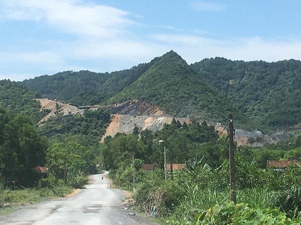 """Đô Lương (Nghệ An): 3 mỏ đá thi nhau… """"hành dân"""""""