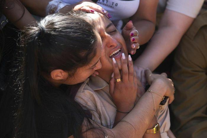 Nỗi đau khổ của người dân Israel chạy rocket trong xung đột mới nhất với Hamas