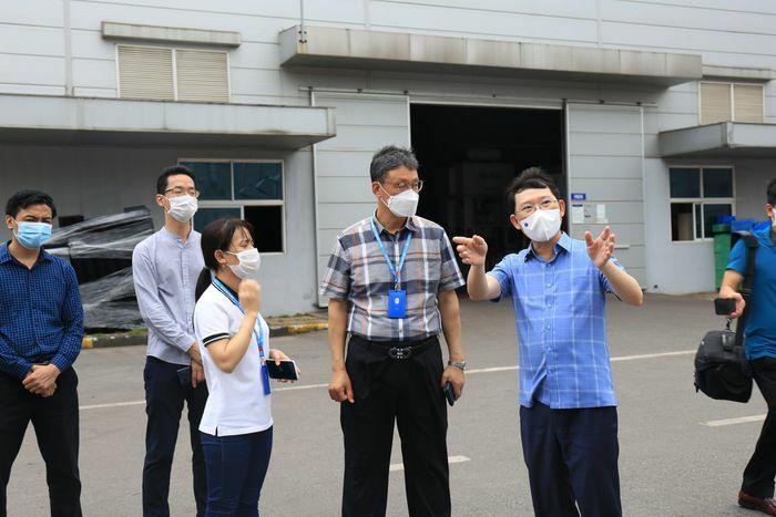 Thêm 12 ca mắc COVID–19, Bắc Giang họp khẩn bàn cách dập dịch