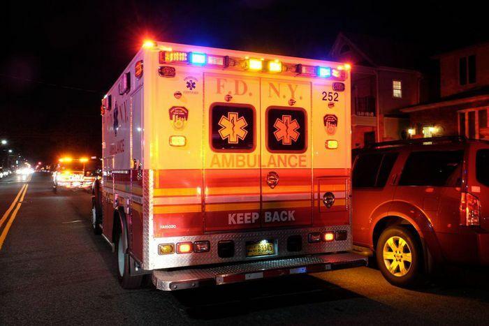 Người phụ nữ gốc Á bị đập búa vào đầu giữa phố ở Mỹ