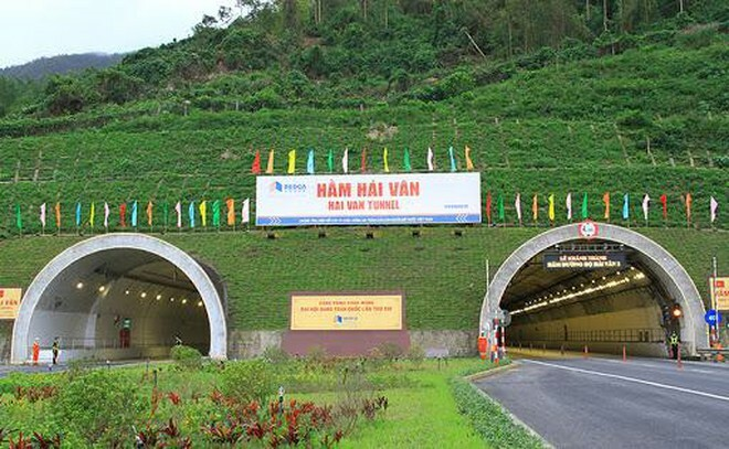 Phí hầm đường bộ Hải Vân tăng kịch trần: Đúng lộ trình nhưng thiếu tính chia sẻ