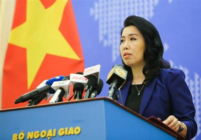 Trung Quốc tiếp tục đưa thêm tàu tới Trường Sa, Việt Nam lên tiếng