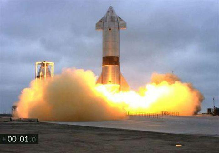 Phi thuyền SpaceX phòng thành công sau chuỗi ngày thất bại