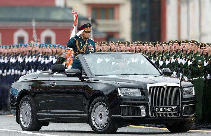 Nga phô diễn vũ khí tại lễ duyệt binh Ngày Chiến thắng