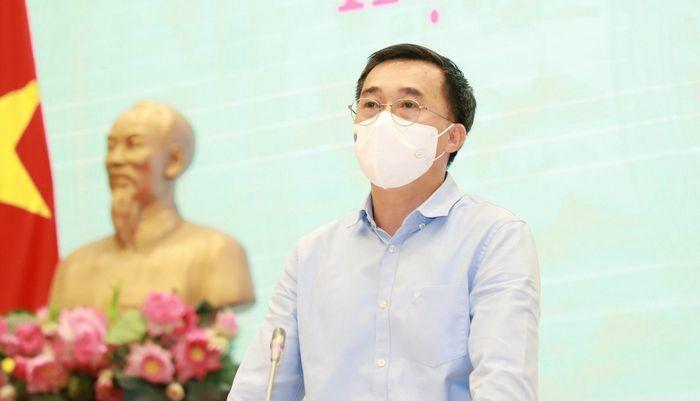 """Thứ trưởng Bộ Y tế: """"Đưa chuyên gia nước ngoài vào Việt Nam phải hiệu quả và an toàn"""""""