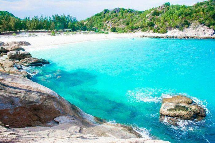 """5 bãi biển được mệnh danh là """"tiểu Maldives phiên bản Việt"""""""