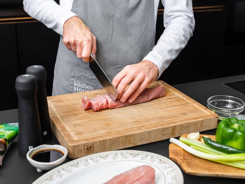 Công thức làm thịt xào cà rốt ấm bụng ngày mưa