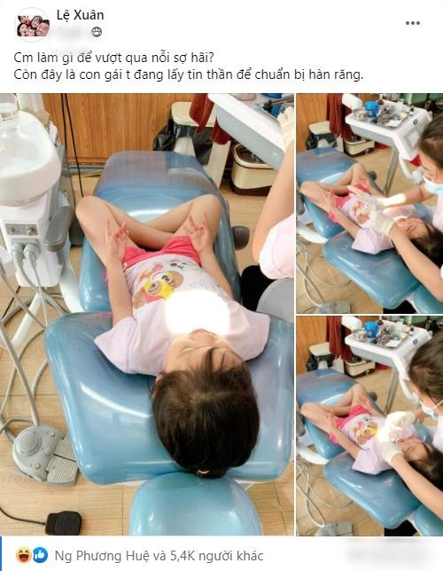 """Được mẹ đưa đi làm răng, bé gái có hành động """"làm phép"""" trấn áp cơn sợ hãi khiến ai cũng bật cười"""