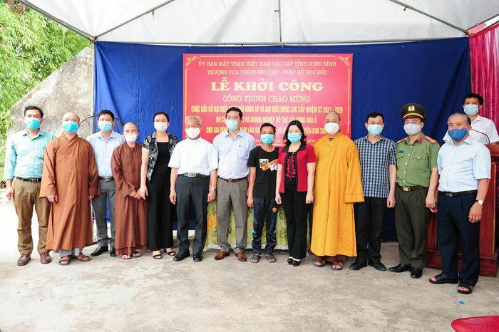 Ninh Bình: Mặt trận vận động 300 triệu đồng xây hai ngôi nhà cho hai gia đình có hoàn cảnh khó khăn
