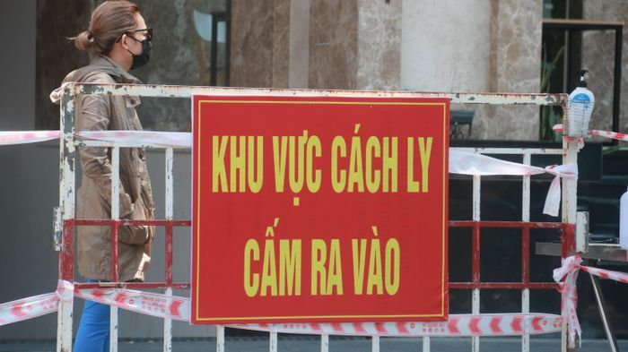 Chung cư cao cấp ở Đà Nẵng bị phong tỏa vì liên quan ca mắc COVID-19