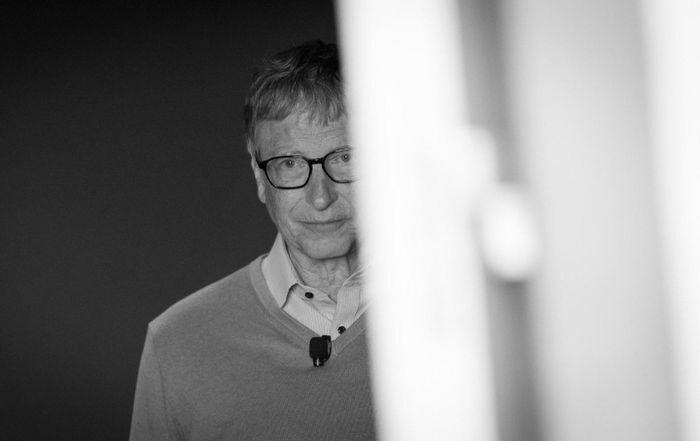 Dịch Covid-19 càng lan rộng, Bill Gates càng giàu có - ảnh 1